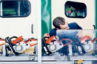 1997: STIHL ensures job security in Germany