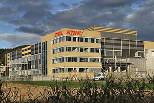 2008: STIHL opens new saw chain plant in Switzerland