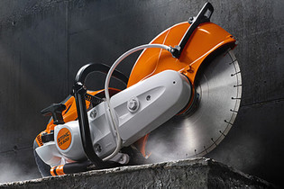 2011: STIHL TS 500i with electronic injection